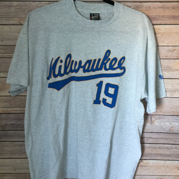 new arrival 1aed9 ad30d ⚾Vintage Milwaukee Brewers Robin Yount #19 T-Shirt